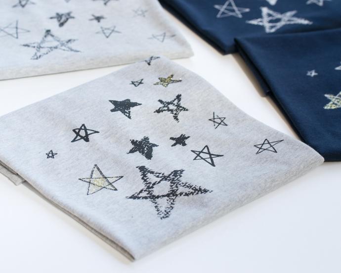 わくわくをカタチに!手描きふうの星のプリントニットを販売します!